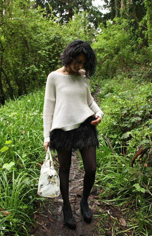 feather-skirt