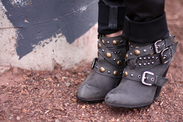 studded-boots