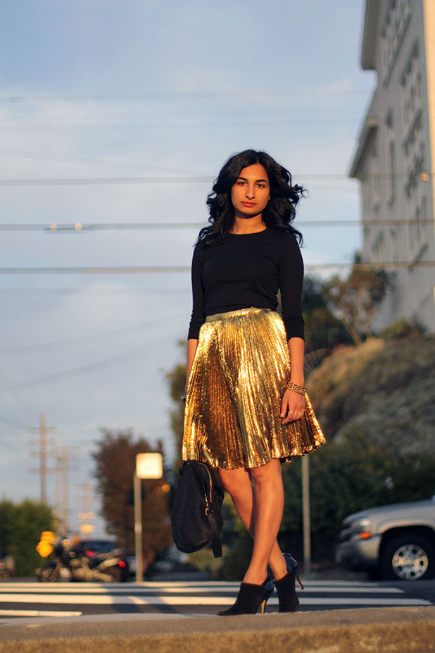 gold skirt outfit