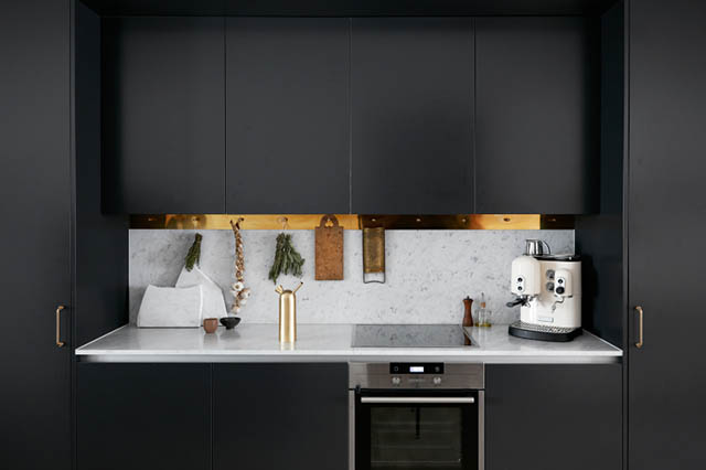 Black, marble and brass via Michitecture | Like Fresh Laundry